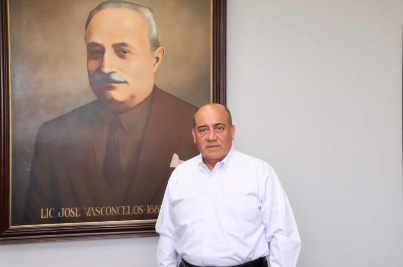 Reconoce IEEPO el legado oaxaqueño José Vasconcelos Calderón del ilustre